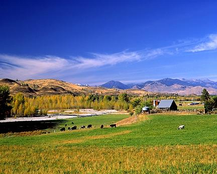 Autumn – Farm in the Methow Valley